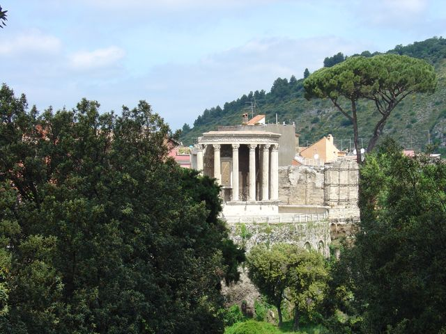 Temple of Vesta, Tivoli, Rome Historic Garden Tour